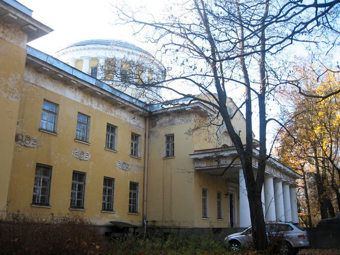 shuvalovsky-dvorec1
