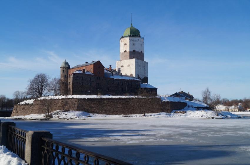 В Выборгский замок можно попасть бесплатно