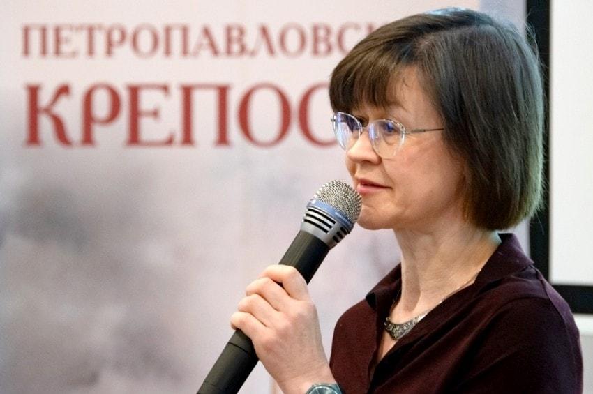 Добро пожаловать в Институт Петербурга!