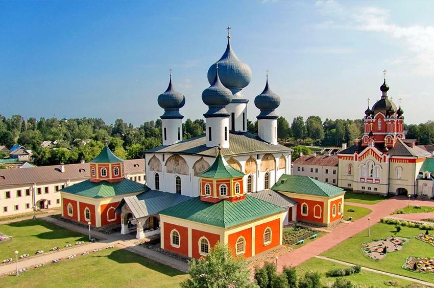 Проект «Святыни России» в Ленинградской области