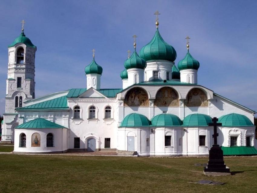 В Ленинградской области начались съемки фильма «Святыни России»