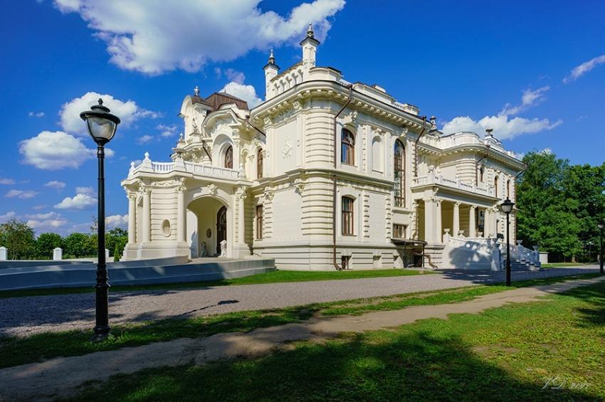 10 самых красивых дворянских усадеб России