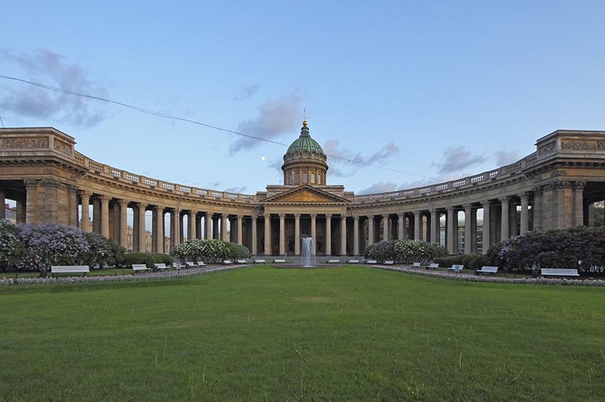 Петербург снова первый
