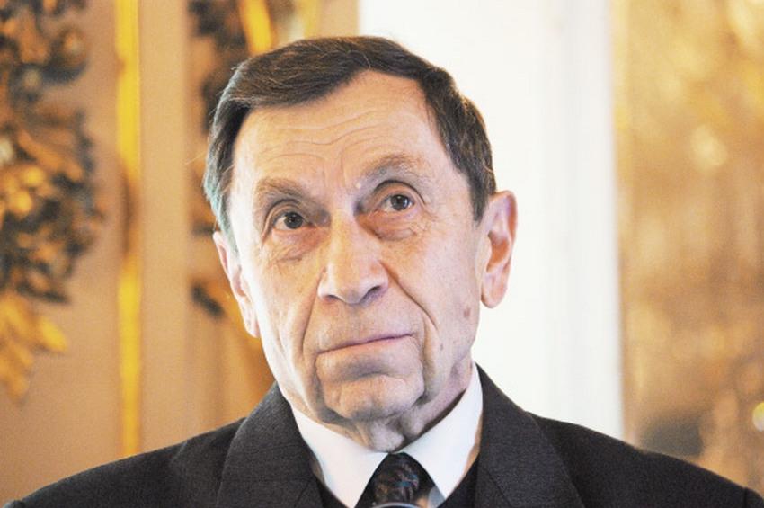 Интервью с В.Г. Лисовским, историком архитектуры