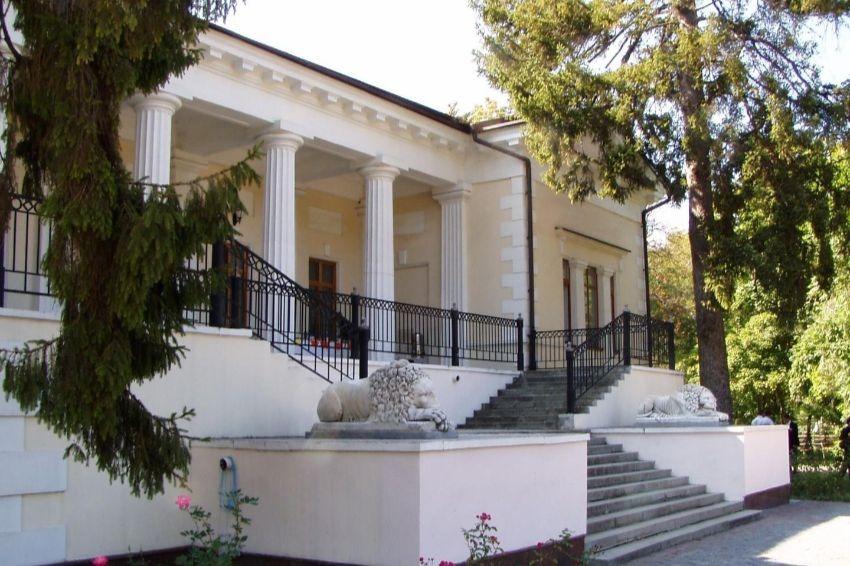 ТОП-10 самых красивых дворцов Крыма
