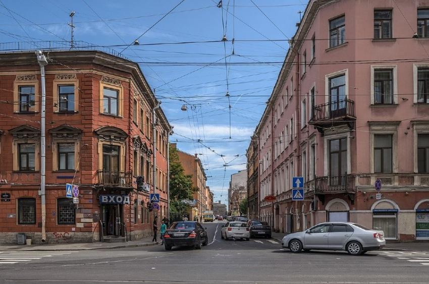 Свечной переулок: дома рассказывают (к 280-летию появления улицы на карте города), часть 1