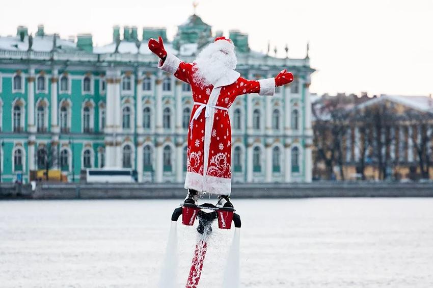 Главный Дед Мороз страны приезжает в Петербург