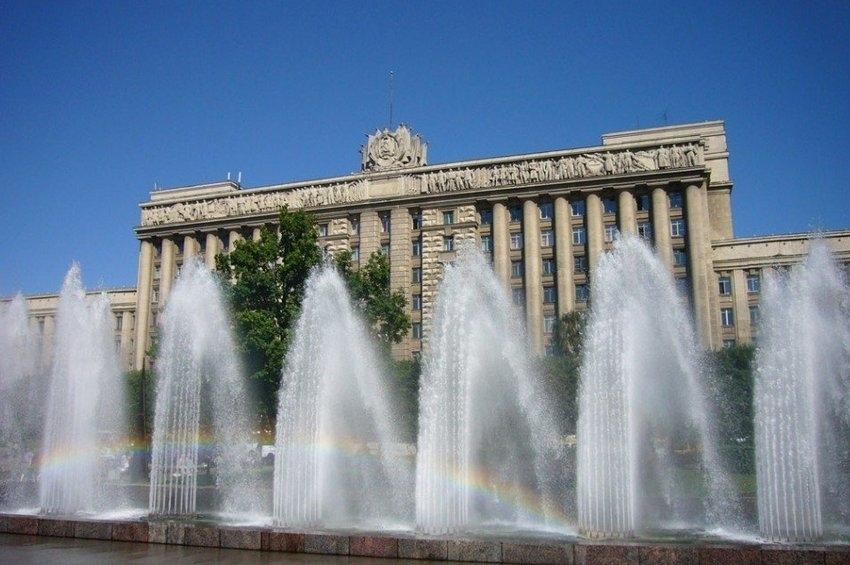 10 площадей Петербурга, о которых не расскажут в путеводителях